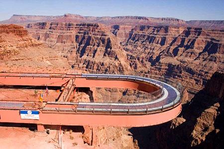 悬空玻璃桥.jpg